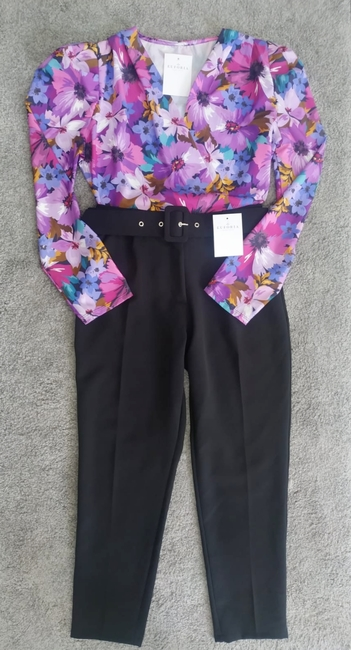Pantalón vestir negro cinturón
