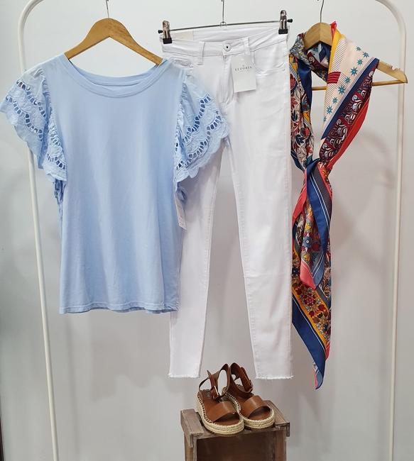Pañuelo seda tonos azules y coral