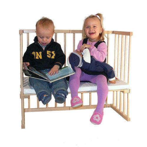Babybay puede utilizarse como un cómodo banco para niños sin necesidad de accesorios extras